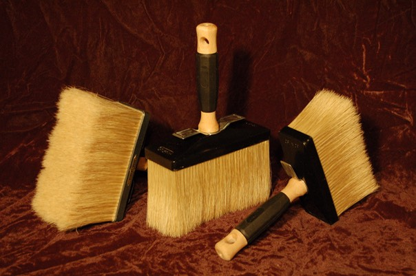Large lime paint brushes