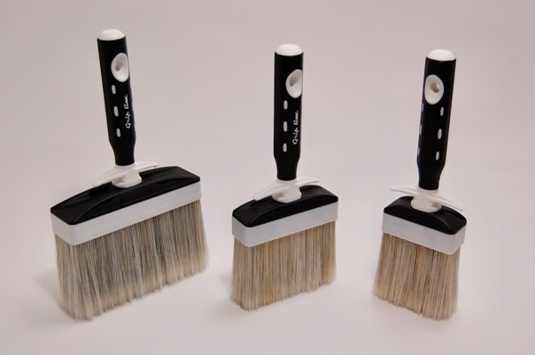 SILVER lime paint brushes